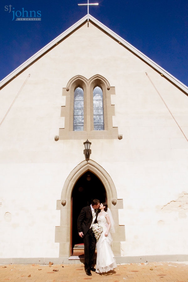 Wedding At Stunning St Johns Church In Central Newcastle Nsw